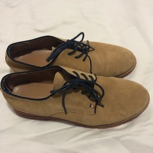 Tommy Hilfiger tan Lace up loafers - new